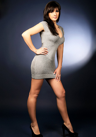 tall single women dating site